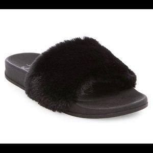 Women's MadLove Phoebe Faux Fur Slide Black Size 7
